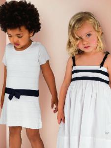 Armani Junior童装9493款