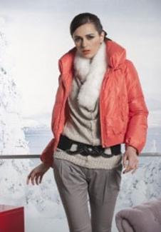冬の羽羽绒服15499款