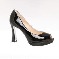 百丽鞋业13912款