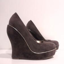 珞塔鞋业16704款