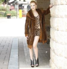 帕莎迪雅pashadiya皮草服饰诚样品皮草女装外套款式