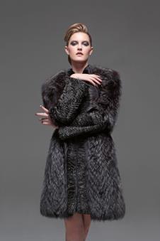 EGAKE皮草女装服饰样品皮草女装外套款式