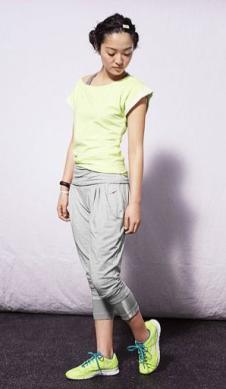 耐克NIKE经典运动装女式瑜伽套装