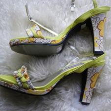 Guy Laroche鞋业14988款