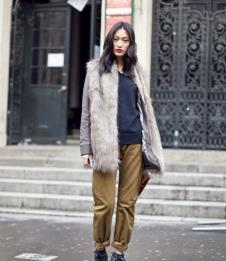 依雯萊YIWENLAI皮草服飾樣品皮草女裝外套款式
