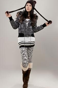 利澳諾LTOOCN皮革服飾樣品女裝外套款式