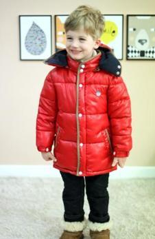 Andiapple童装中长款红色棉衣