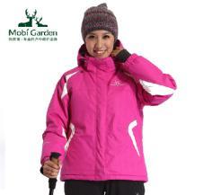 牧高笛MOBI GARDEN2012户外运动装冲锋衣