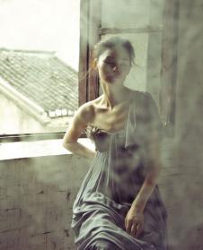 HAN LU LU经典女装连衣裙