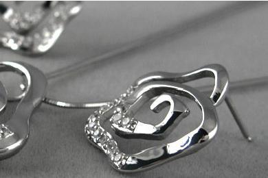 銀庫K.AG經典時尚飾品耳釘
