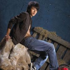 艾格龙agloong牛仔品牌服饰样品男装牛仔裤