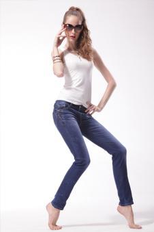 凡色牛仔FANSE2012牛仔服饰样品女装牛仔裤