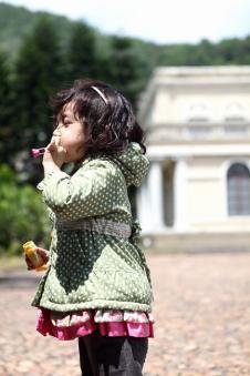 麦肯邦尼MARCO BANI2012秋冬童装样品