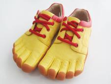 迪益步鞋业27972款