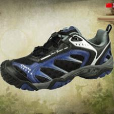 洛弛CLORTS鞋业品牌男鞋样品