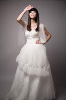 苏美SumeBridal女装品牌样品婚纱
