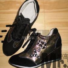 花中皇后女鞋样品