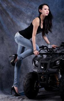 龍的情人Longdeqr牛仔品牌服飾樣品女裝牛仔褲