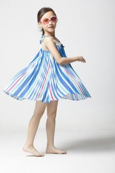 卡啦斑尼CALABANNY童装服饰样品女裙