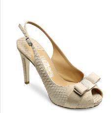 菲拉格慕鞋业40960款