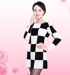 新款圆领嵌花黑白格纹 长袖连女羊绒连衣裙R1301