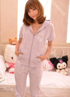 凯蒂猫睡衣132392款