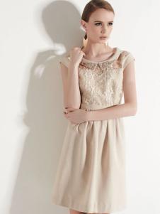 唐婕连衣裙