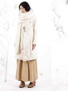 因为ZOLLE女装时尚白色棉麻外套