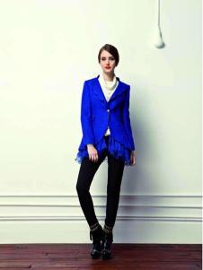 香影蓝色外套