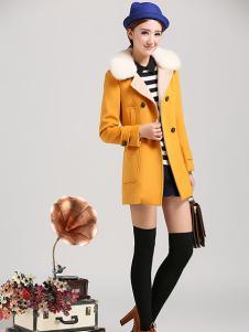 夺宝奇兵女装黄色大衣
