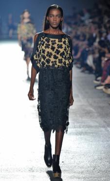 德赖斯·范诺顿女装151356款