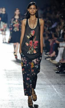 德赖斯·范诺顿女装151360款