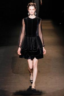 阿尔伯特-菲尔蒂女装150722款