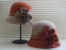 阿梵达·黛尔帽子手套157841款