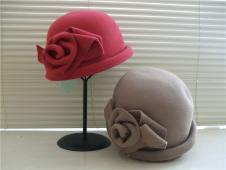 阿梵达·黛尔帽子手套157844款