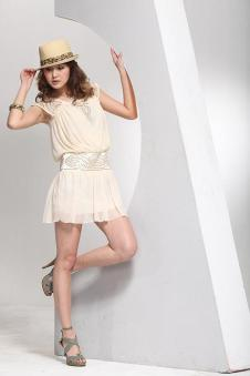 威姬儿斯女装161407款
