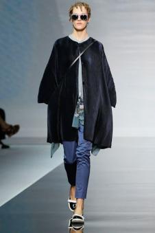 乔治·阿玛尼女装165461款