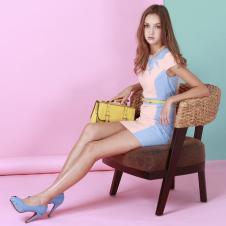 粉蓝莲衣裙