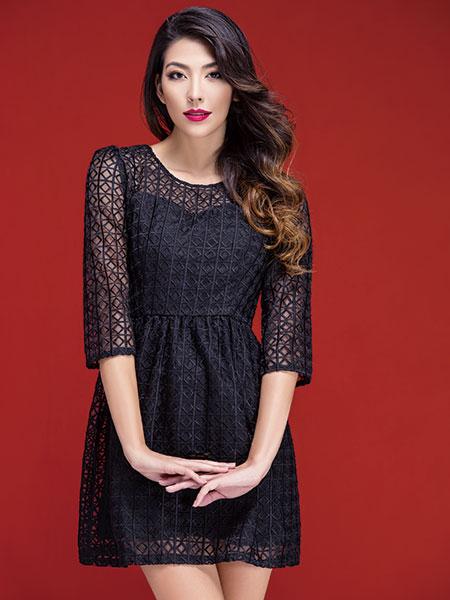 富天黑色蕾丝连衣裙