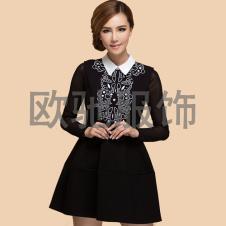 显瘦时尚黑白花纹连衣裙