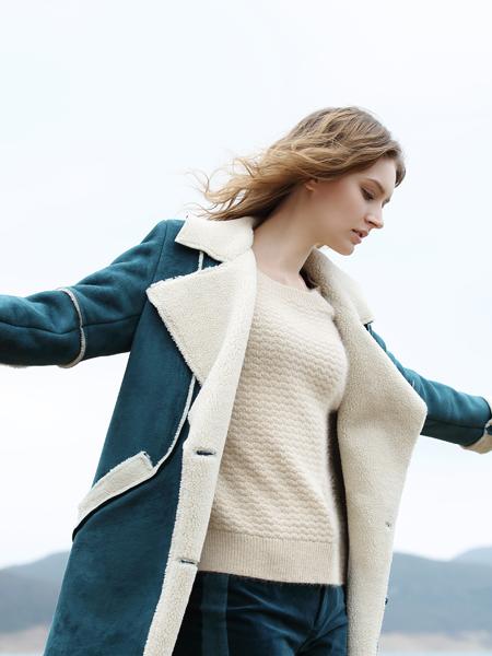 唯简女装新款冬季短款蓝色休闲外套