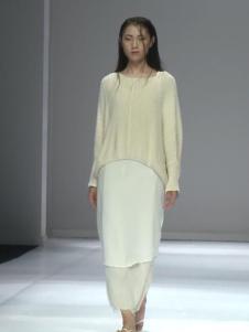 因为ZOLLE女装新款白色裙子套装