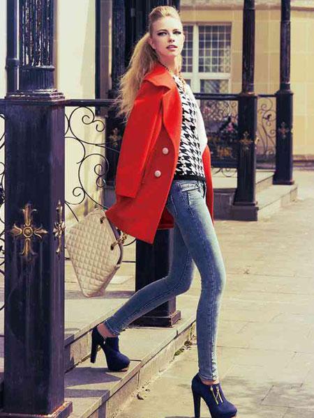 都市高端时尚的设计师品牌司嘉仪女装诚邀加盟