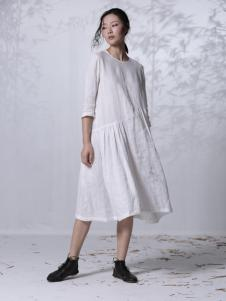 因为ZOLLE女装2015新品白色连衣裙