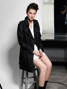 艾露伊长款黑色外套