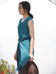 2015年易菲无袖连衣裙