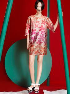 台绣(T-YSKJ)女装2015秋季休闲红色外套