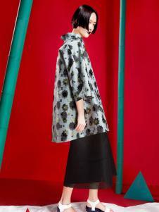 台绣(T-YSKJ)女装休闲印花外套