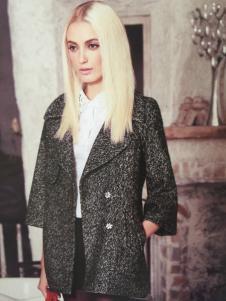 斯琪美诺灰色外套