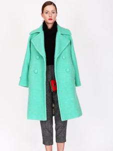 璱妠女装新款绿色外套